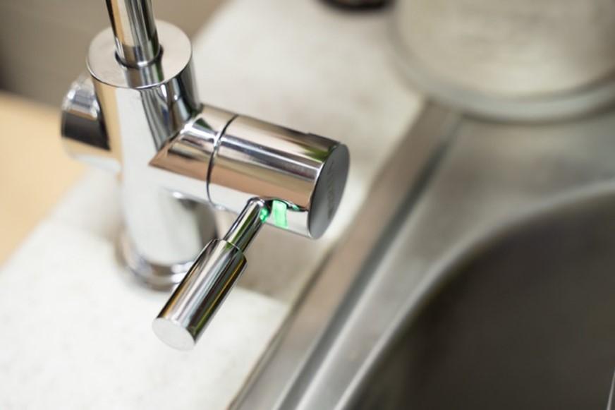 免插電!BRITA mypure pro X9 專業級旗艦淨水系統,100% 濾淨你喝進身體的每一口水 @3C 達人廖阿輝