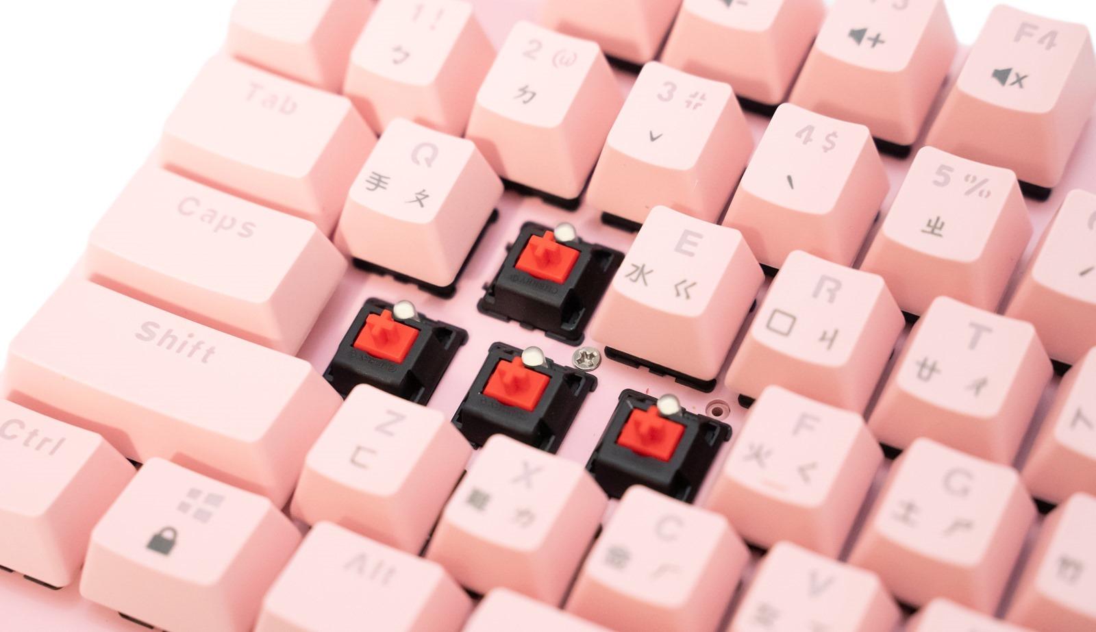 這一次男女都瘋狂!時尚、漂亮、打擊感、閃爆別人的 i-rocks K75M 最美粉紅機械鍵盤來了! @3C 達人廖阿輝