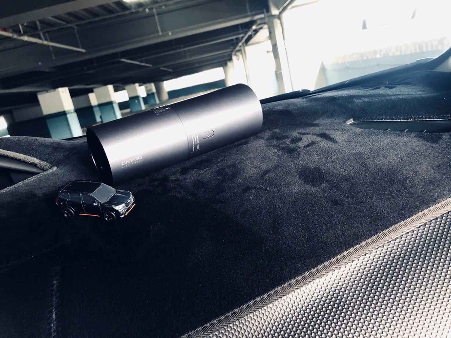 輕巧隨身吸吹超乾淨,ONPRO 迷你兩用無線吸塵器 UV-V1,USB 充電方便好收納 @3C 達人廖阿輝