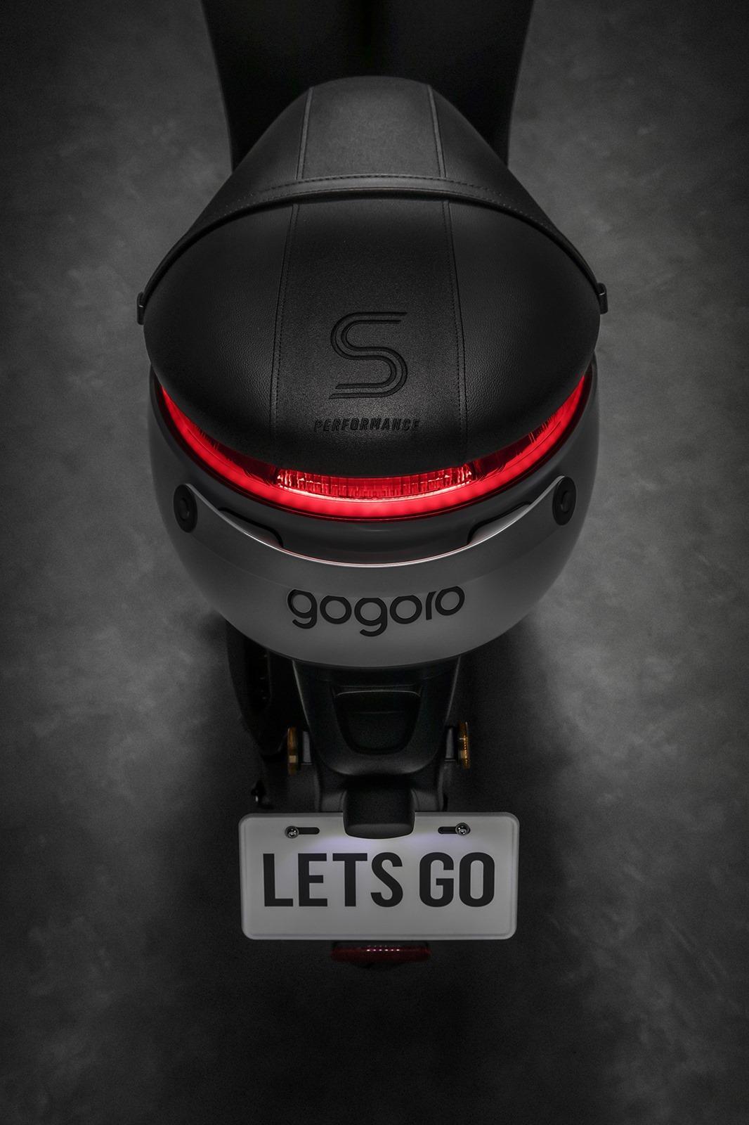 竟然!!Gogoro 破冰而出 Gogoro S1「冰岩灰」全新車色驚艷! @3C 達人廖阿輝