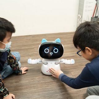 Kebbi Air 網路原生世代孩子的 AI 教育機器人推薦!具 STEAM 教育程式 / 英文學習 / 情感互動功能 @3C 達人廖阿輝