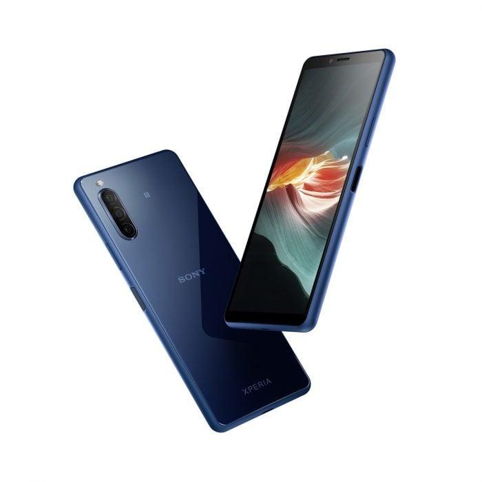 圖說四、Xperia-10-II 擁有 6 吋 21 比 9-OLED 寬螢幕,延續俐落優雅的無邊框設計,打造出時尚美型質感。_thumb.jpg @3C 達人廖阿輝