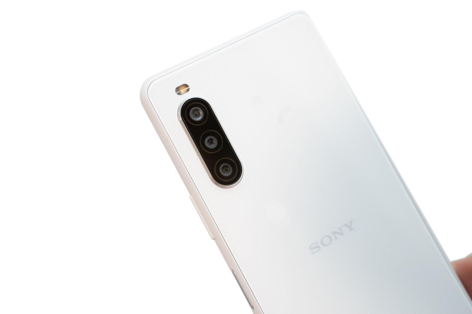 Sony Xperia 10 II 新機實測 (3) 大量實拍照看看拍照表現如何(日拍/夜間/夜景模式/自拍)@3C 達人廖阿輝