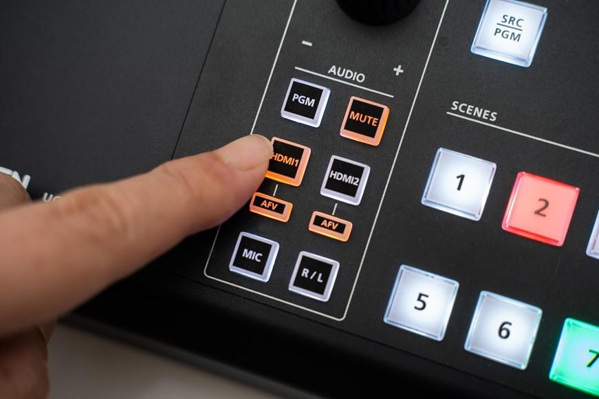 專業直播單機搞定!ATEN StreamLIVE 直播機 UC9020 開箱分享 @3C 達人廖阿輝