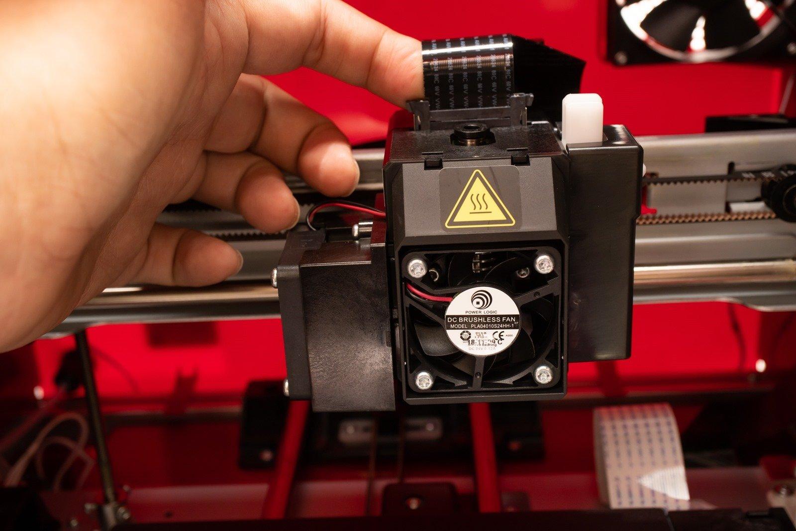 多功能3D列印機-da Vinci Jr. Pro X+,模組化與快拆的設計讓噴頭更方便更換與維護