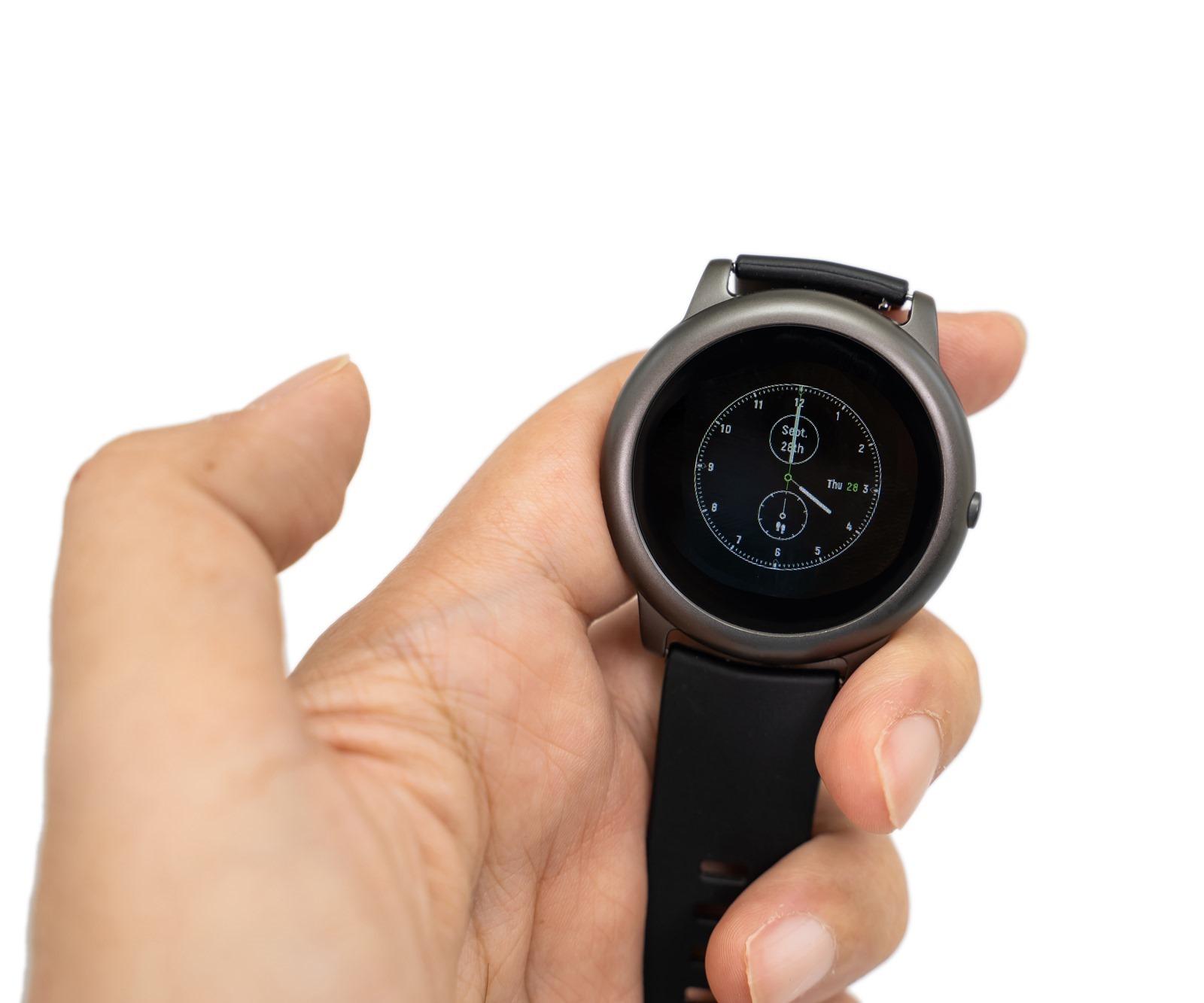 史上超高性價比智慧錶!Haylou Solar 智慧手錶開箱 (親和力價格 / 雙系統支援 / 30 天續航) @3C 達人廖阿輝