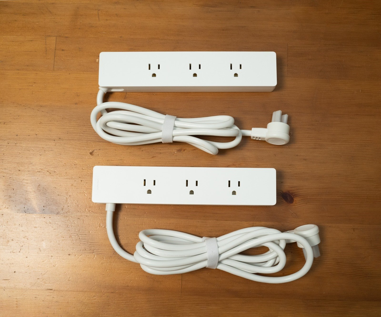 開箱!Unipapa 有序延長線,加大孔距、充電頭不干擾,多一點設計生活井然有序 @3C 達人廖阿輝
