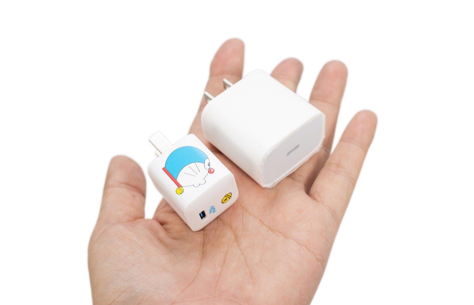 Anker 哆啦 A 夢(小叮噹)聯名款 Nano 20W 充電器 / 65W 充電器 / 線材 / 無線充電板開箱 @3C 達人廖阿輝