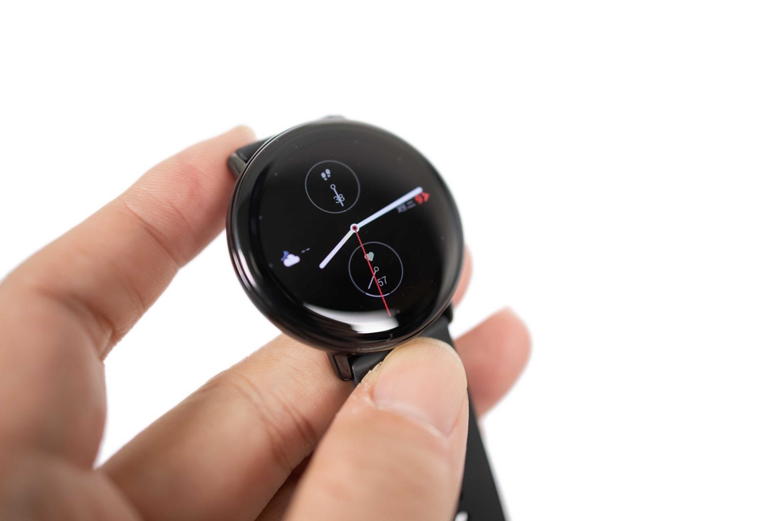 生而出色,簡約卓越的!Zepp E 智慧手錶極致美型,優雅講究的控管健康 @3C 達人廖阿輝