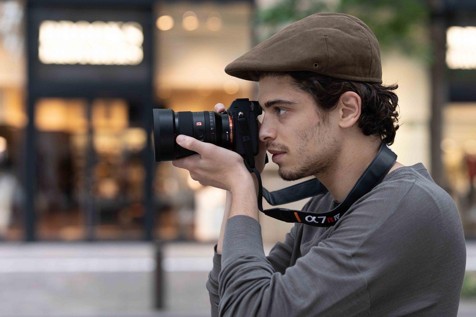 Sony FE 35mm F1.4 GM 大光圈廣角定焦鏡頭 兼具輕巧與極致畫質街拍神鏡 安靜高速對焦影片創作利器 @3C 達人廖阿輝