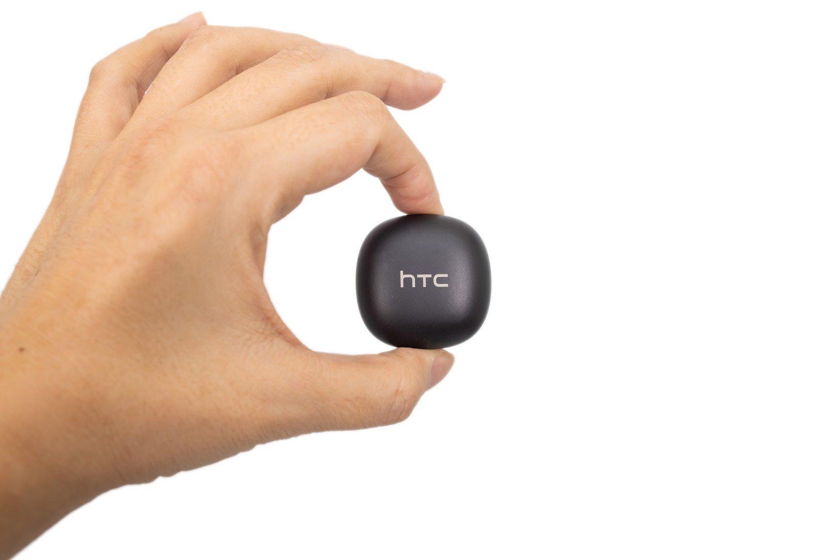 HTC 首款 TWS 真無線藍牙耳機 – HTC 馬卡龍真無線藍牙耳機開箱分享~ @3C 達人廖阿輝