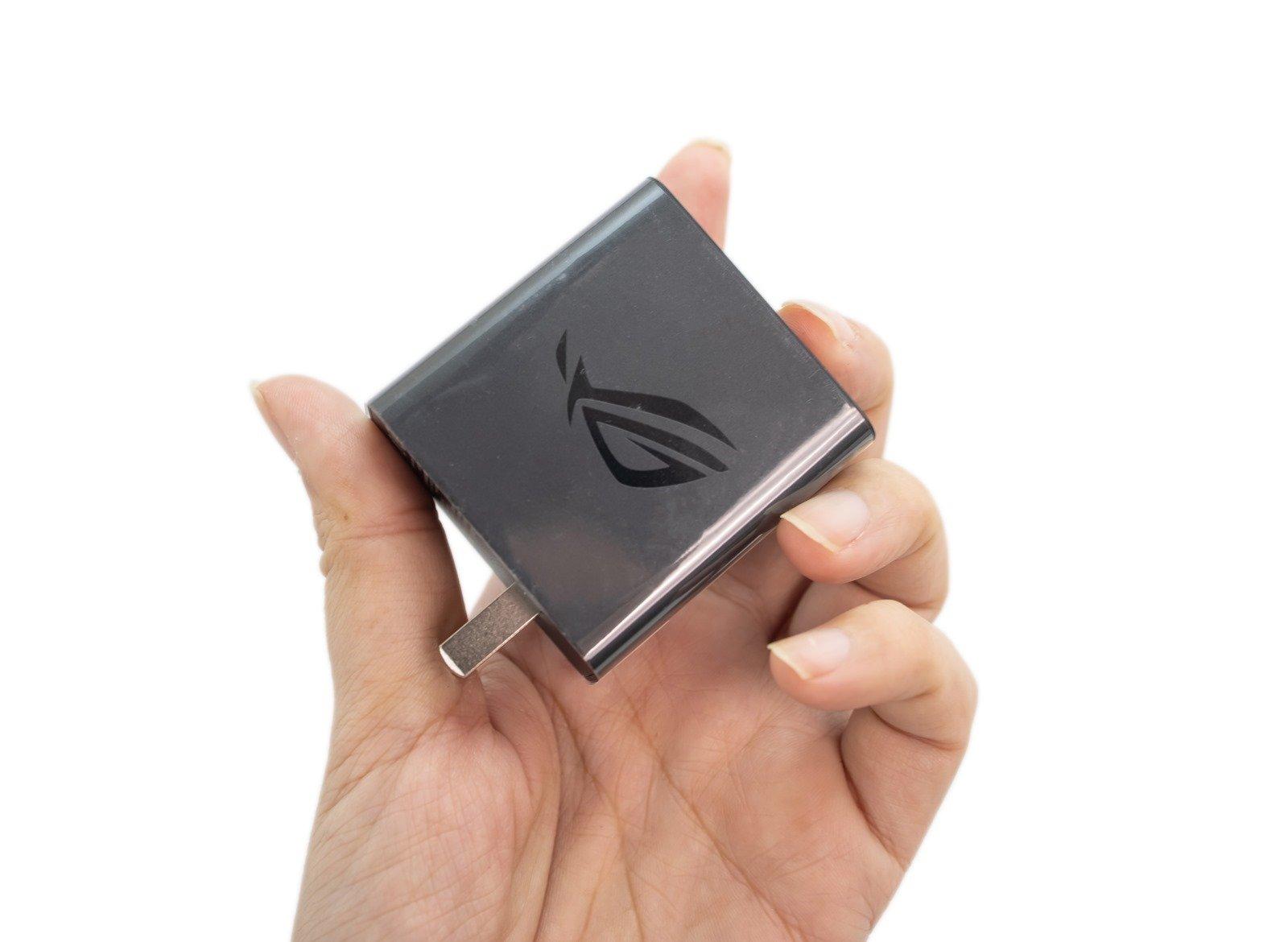 ASUS 台版 ROG Phone 5 白色新款開箱動手玩,看看盒中有什麼?( ROG Phone 5 Unboxing) @3C 達人廖阿輝