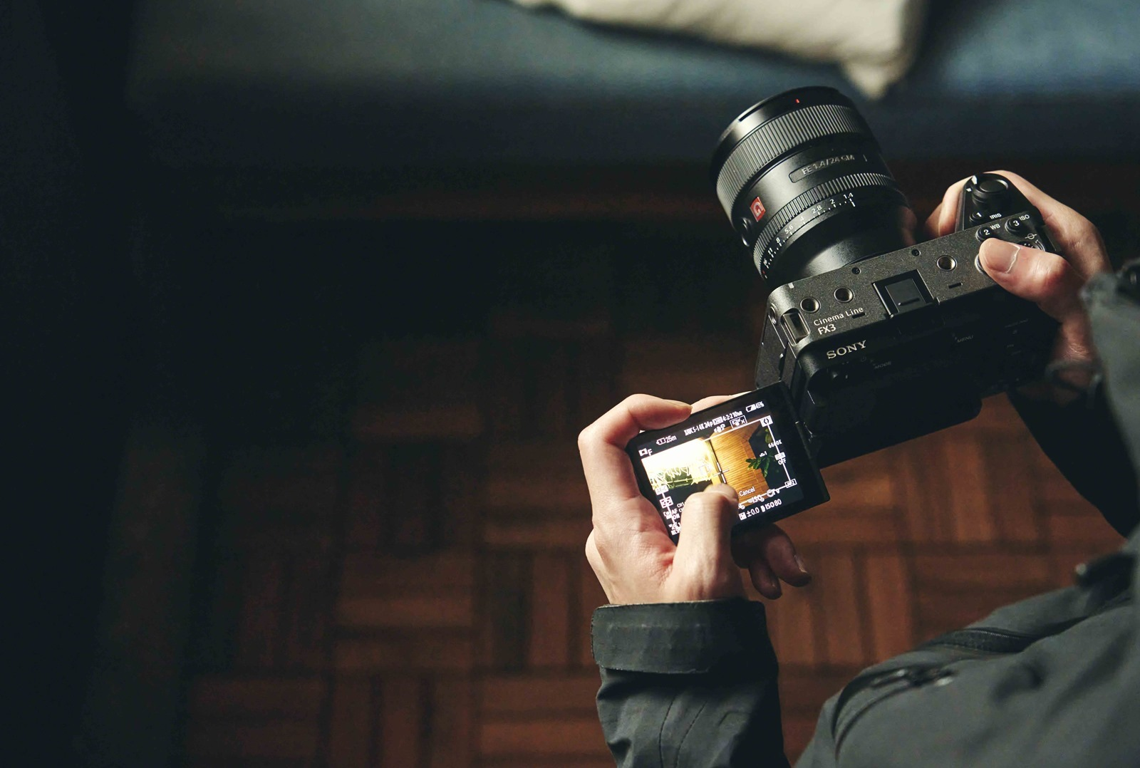 Sony Cinema Line 全片幅數位相機 FX3 專業級攝影機效能結合 α 系列相機對焦表現 輕巧體現電影風格影像 @3C 達人廖阿輝