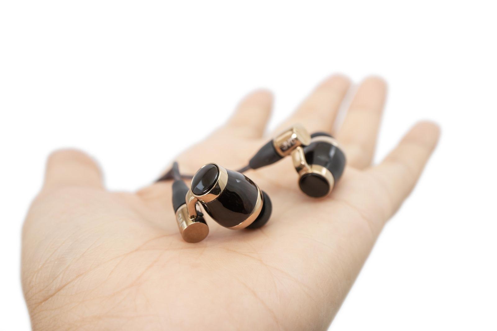 輕巧多彩真無線藍牙耳機 JVC Gumy True Wireless (HA-A7T) 開箱分享 / 還有 XX 系列極致重低音 / WOOD 極致 HiRes 耳機分享 @3C 達人廖阿輝
