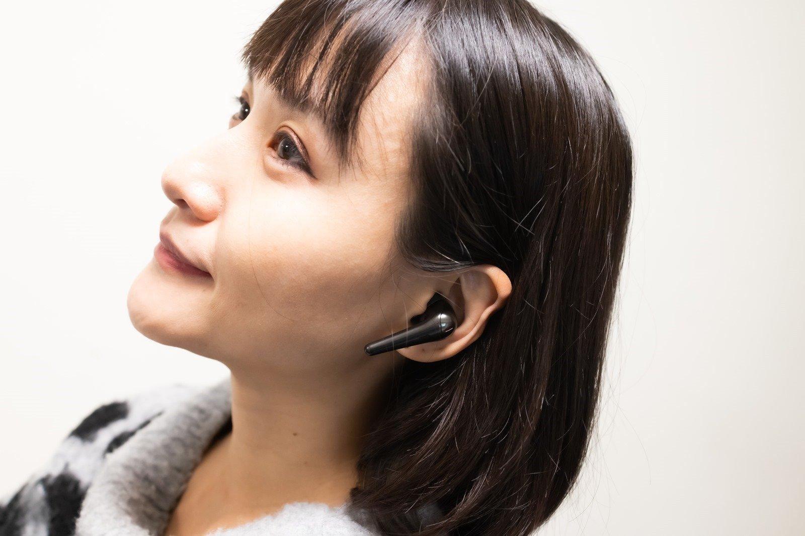 電力勇猛降噪強悍! 1MORE ComfoBuds Pro 主動降噪真無線藍牙耳機開箱分享,40db 降噪 / 6 +14 小時續航 @3C 達人廖阿輝