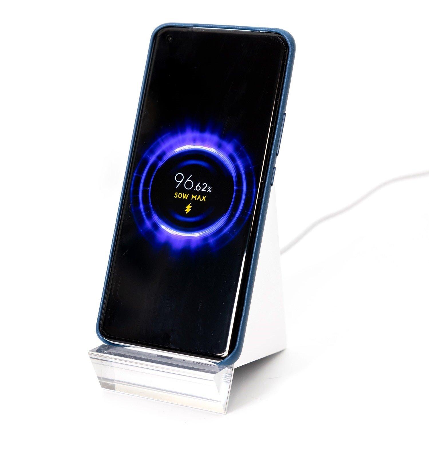 小米 11 Ultra 至尊版 (1) 開箱 + 性能電力測試 / 有線無線充電測試 / Google Play 安裝 @3C 達人廖阿輝