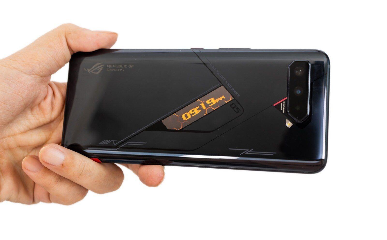 首款 S888+ 處理器來了!ASUS ROG Phone 5s Pro 性能測試 / 電力實測 / 遊戲實測!性能更快竟然電力更強了?! @3C 達人廖阿輝