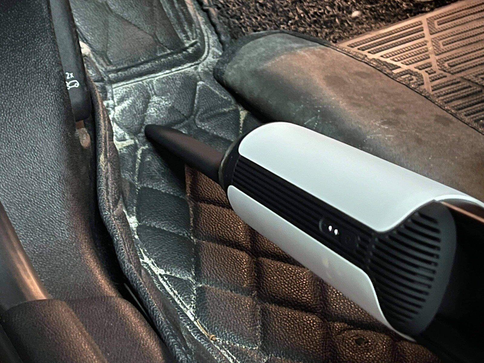 美形典雅、搭配 HEPA 濾芯!高續航力的 ONPRO UV-V1 Pro 二代無線吸塵器可以家用車用貓用…… 哪裡都能用! @3C 達人廖阿輝