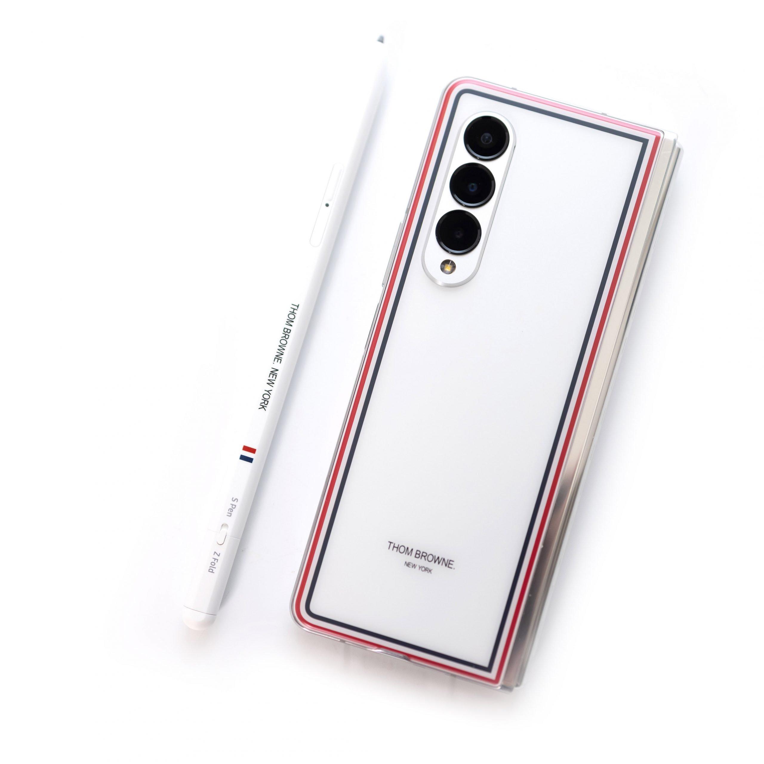 時尚旗艦!Samsung Galaxy Z Fold 3 Thom Browne (TB) 限量版開箱動手玩 @3C 達人廖阿輝